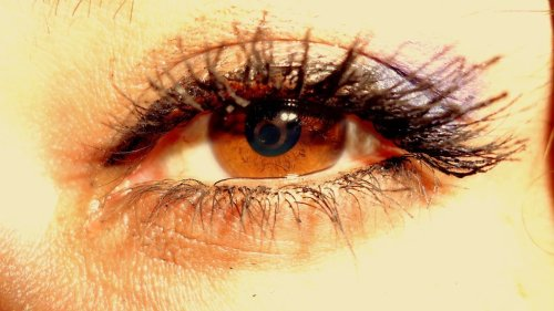 Reflections of my Love#reflection #eye #self #eyeball #macro #fineart #photography #photooftheweek #sanjose #california #girl #body(from @rsan on Streamzoo)
