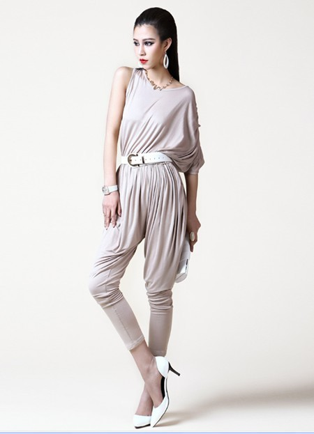 Asymmetric beauty shoulder grab folding width jumpsuit B19007