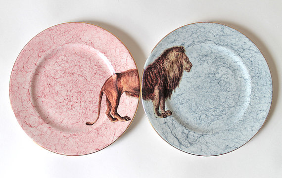 firsthome:  (via King Leo plates by yvonneellen on Etsy)