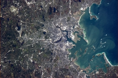 colchrishadfield:  Boston, you're a beautiful harbor city.  I can see BU!