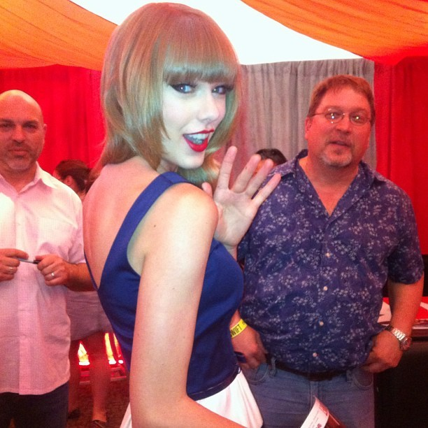 redtournews:  Taylor at Meet and Greet today! (x)