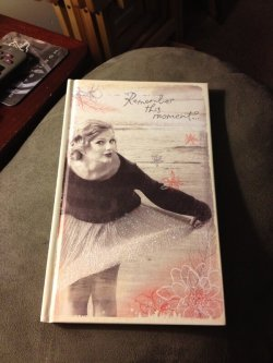 Credit: mrslion16  Yes!! Check out the @taylorswift13 journal I found at Walmart..😍 pic.twitter.com/wsq9BCcl