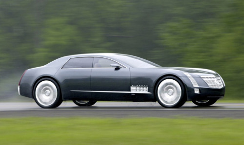 Who remembers the Cadillac Sixteen concept? 13.6L V16 engine with 1000hp…Seriously wish GM produced this.