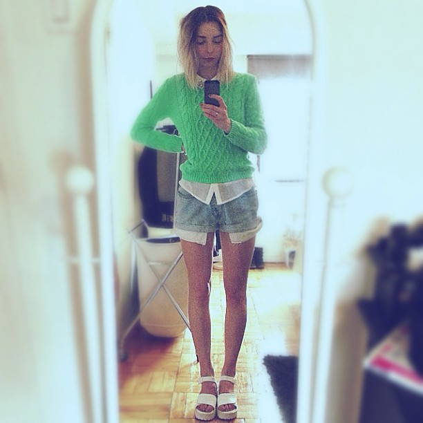 Wearing: H&M mint cable knit, Zara blouse, Vintage Levi denim shorts, JC sandals (taken with instagram) These new sandals from Nastygal are absolutely perfect, they were exactly what I was looking for! They're literally the item the has now completed my s/s wardrobe. I've recentness also paired then with my boyfriend distressed jeans, flannel button up shirt and leather jacket. They fit about half a size bigger so I ordered with that in mind. I usually wear a 7, but in this sandal I went with an 8 and they worked out perfectly .