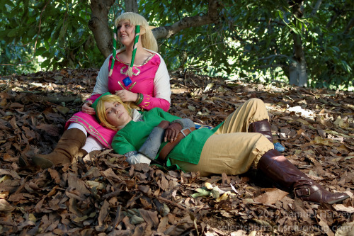 selectsubtract:  Had a Skyward Sword shoot today  :D  Waaay too much fun, even if I was all nervous and worrying about everything… Here's a leetle preview, with minimal correction (because I'm tired but I want to get one out tonight).  WOOOO! First shot from the Zelda shoot today! Yahooo!!