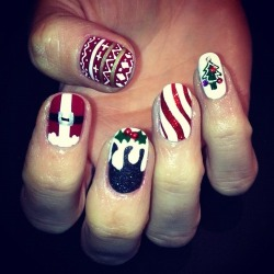 wahnails:  CHRISTMAS NAILS BY WAH GURL IZZY #nails #nailart