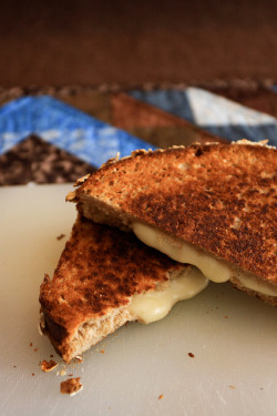 Grilled cheese by the boastful baker on Flickr.