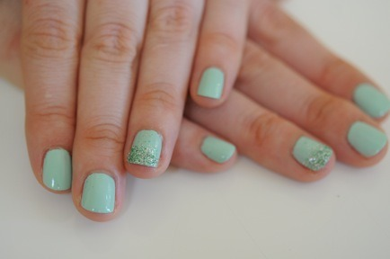 This mermaid nail tutorial by Cupcakes and Cashmere is the perfect pick-me-up for a fresh new year!