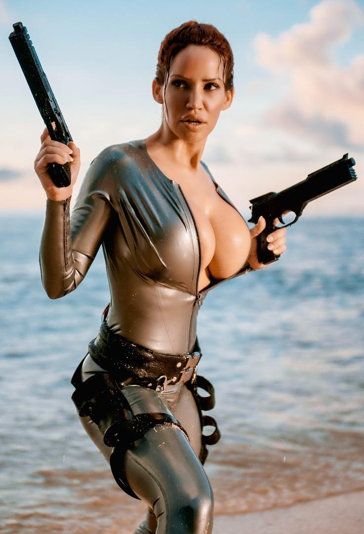 Lara latex milf magic