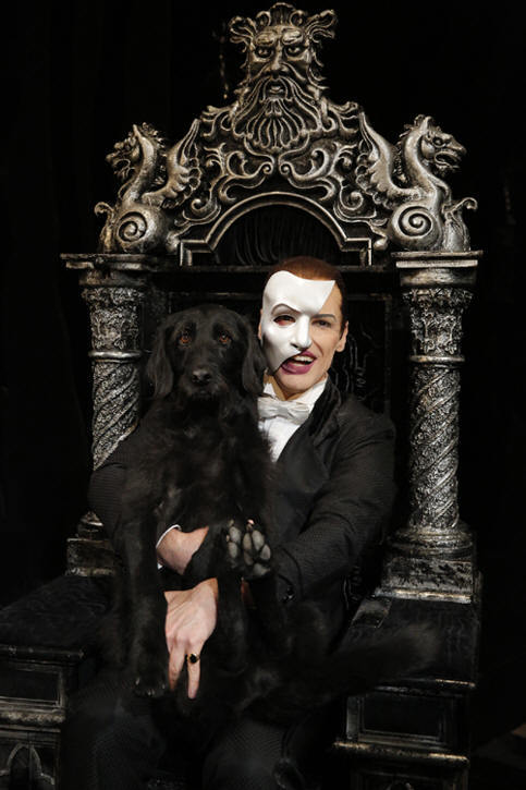 via hugh-panaro.net  Hugh and his doggy <3