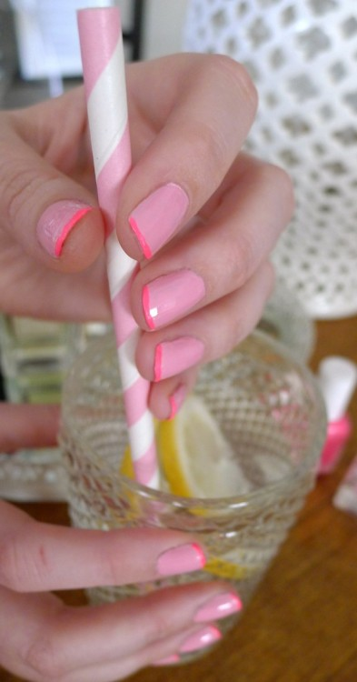 Love this super cute pink manicure tutorial from glitter guide! Refreshing for spring, or anytime of the year!  <3 Amy, ModStylist Need styling suggestions, trend tips, or dress details? Ask a ModStylist and your question might be featured on our feed!
