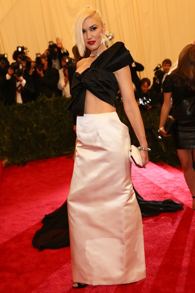 womensweardaily:    Gwen Stefani in Maison Martin Margiela at the Met Gala Photo by Evan Falk