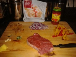 Me cookin now  (porterhouse steak, rosemary, butter, garlic, red onion, picked onion, peppers/capsicum, salsa sauce, thai noodles)