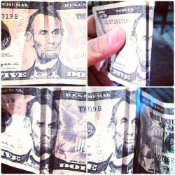 mattalmodiel:  How to make your money smile & frown. Fold creases in between both eyes of the face and then another fold in between both folds as displayed, then move your bill up and down and the face will show emotion! LOL trippy shit. #money #bills #trippy #emotion #smile #frown #folds #omg #lol #holler #kbye