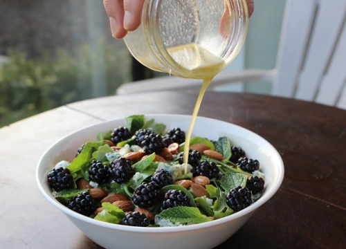 moonandtrees:  Blackberry & Mint Salad with Honey Lime Dressing | The Doctor's Daughter