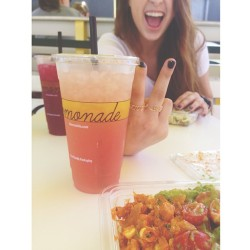 swaguar:  limonada with my bffl @alexalosey