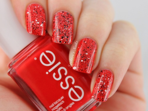 spektorsnails:  Toothbrush Splatter Nails with Essie - Hip-anema