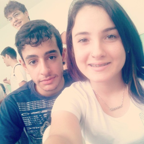 Girda e Machado @giovanaferrari3 #friends #alternative #school #happy #me #boy #she #girl #swag #instalike #instacool