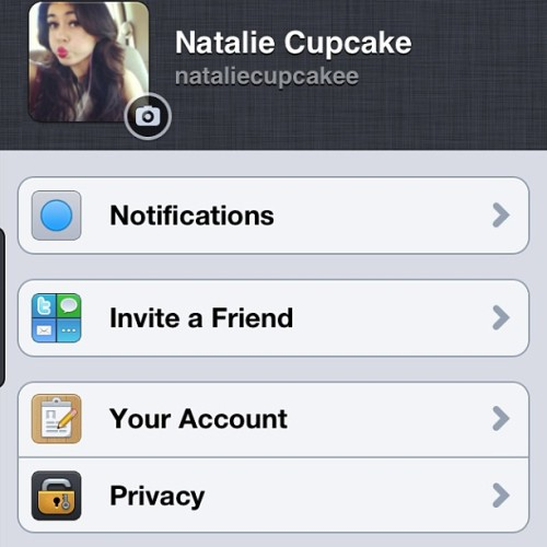 Kik nataliecupcakee or text or tweet gonna be a long night … ✌