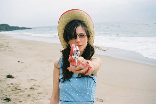 lovelikefoals:  Happy Birthday Zooey!