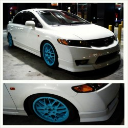 Mario FINALLY Slap on his Tiffany Blue BBS after a good 3 days of painting them to Perfection.  #JDM #Honda #CivicSi #TiffanyBlue #BBS #Teaser #ImportAlliance #READY