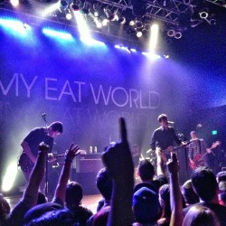 #jimmyeatworld at #hob #sandiego with the greatest person. http://bit.ly/10ACJFD