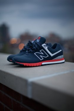 flauwekulclothing:  vrbvn:  x  This is probably the only pair of new balance I would rock atm, not that I don't like nb though.