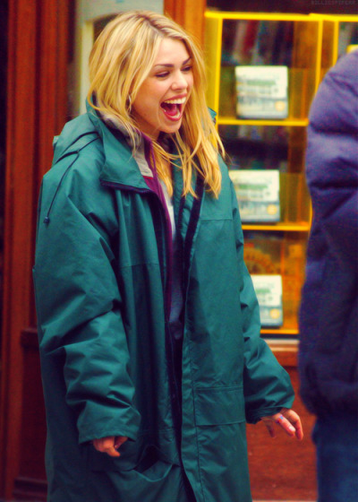 doctorwho:  Billie.