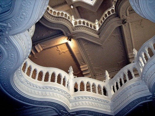 bluepueblo:  Balconies, Budapest, Hungary photo via Aegitna