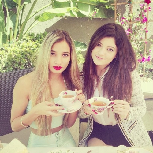 kyliejennerfashionstyyle:  Tea Party