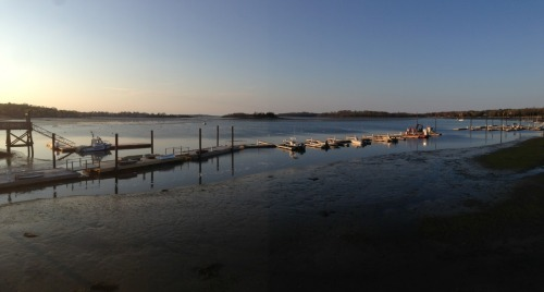 Up in Hingham, MA for the weekend for some work… And got to experience this beaut by the Hingham Shipyard.  Stepping around boats and seeing the sun setting on the calmed out waters made me want to be a fisherman….  Or at least just a bum who laid out by the sea all day.