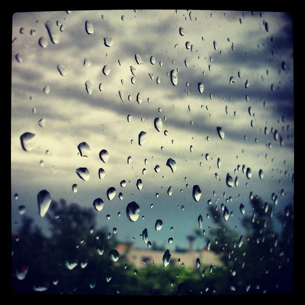 I hate rainy mornings…
