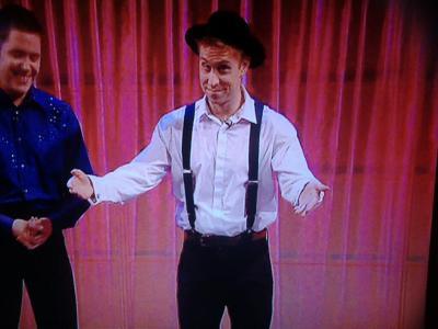 xnswx13:  AMISH OLLY MURS  Two of my fave people together in one. =)