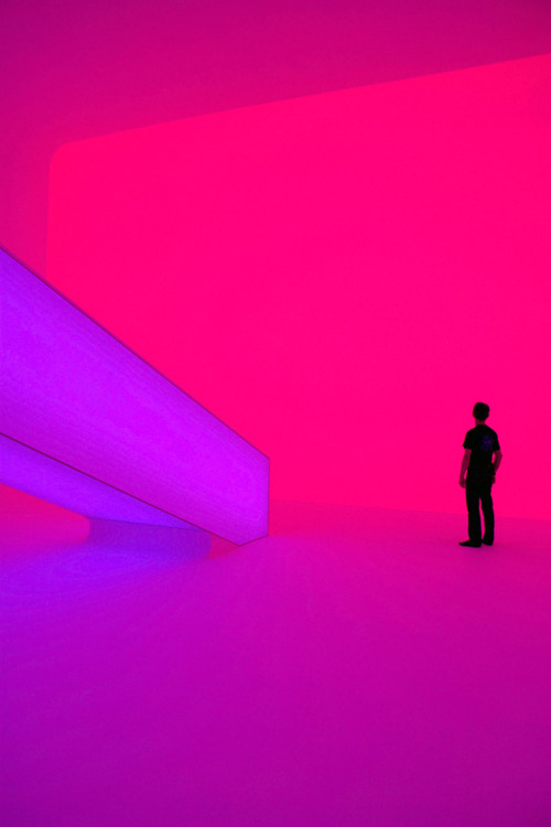 nwaj:  JAMES TURRELL