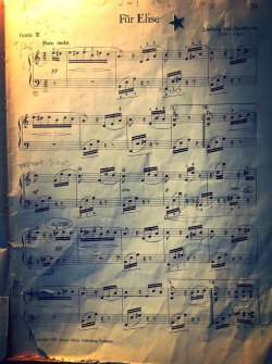 Für Elise by Ludwig van Beethoven  I learned how to play it a few years ago but today i can only successfully play this page. Gotta practice ot some more.  The handwriting is from my piano teacher, however the sticker and the actual copy of the music is from the late 1960s, when my aunt (who was around 12) learned it.