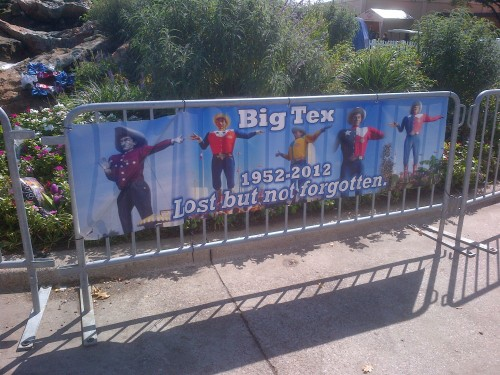 ocular-intoxication:  Rest In Peace Big Tex