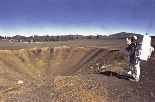 Welcome to Cinder Lake, where NASA blew the holy hell out of an Arizona forest plain to create a simulated lunar environment to train Apollo astronauts. More stunning photos of the beautifully barren Earthscape, and look at how it was made, at Venue.
