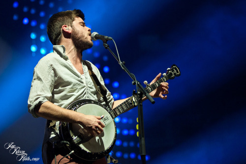 Winston Marshall of Mumford & Sons performs at the Barclays Center in New York on February 6, 2013. Photo © Joe Russo Photography.