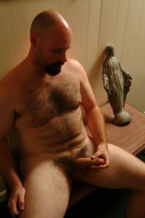 ocbearcub:I bet he is freaky in the sheet and no angel