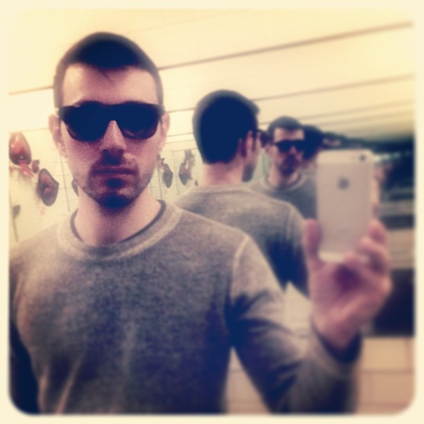 #brunch #selfie #autumncashmere #mcqueen #reflection  (at El Centro)