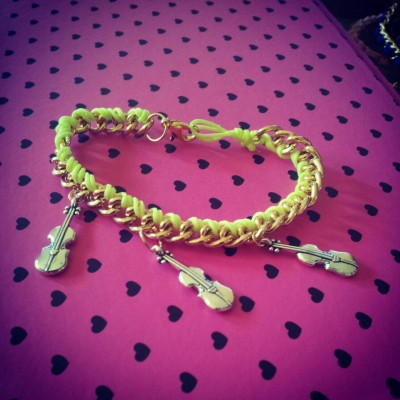 Many like this violin bracelet i made. Asylx's bracelet. Follow me at abcdesvntn.tumblr.com