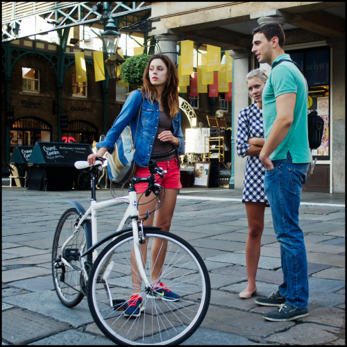 delightfulcycles:  Trendy people meeting up (by jonron239)