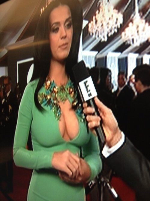 Katy Perry Gets Back At The Grammy's No Sideboob Rule By Playing Areola Roulette