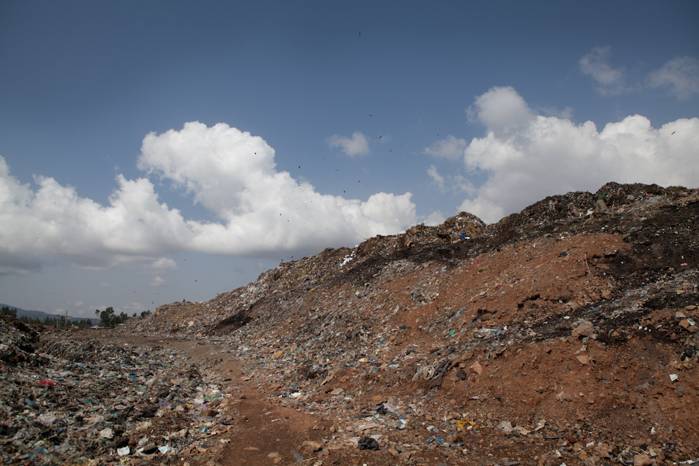Addis Ababa City Dump  © Zach Abubeker, 2013