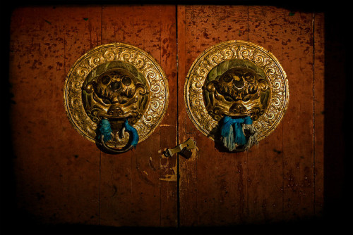 uncommonjones:  Doors of Buddhism by M.Angel Herrero cc The Erdene Zuu Monastery, Kharkhorin, Mongolia