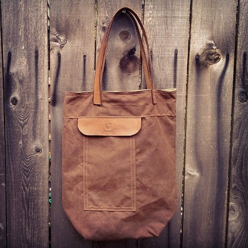 Over the Shoulder Tote. 10.10oz chestnut brown waxed canvas.