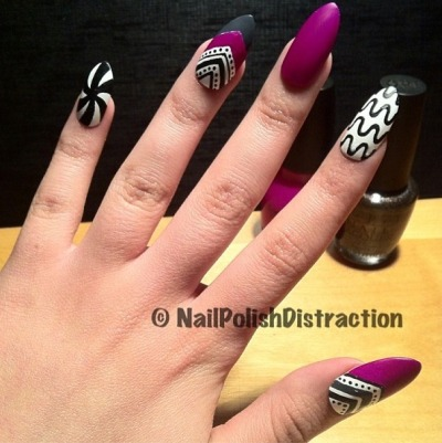 nailpolishdistraction:  New nails. Matte & pointy.