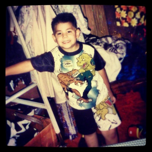 What an ugly child #tbt #funny #gross #dinosaur #childhood #happy #hot #model