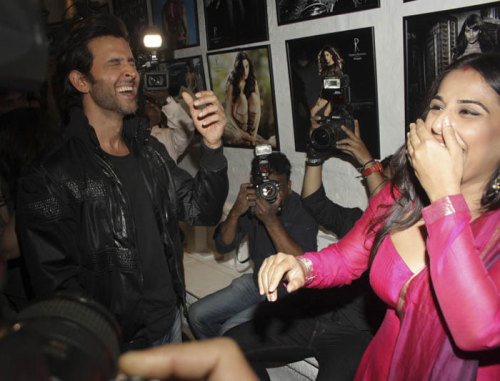 Hrithik Roshan and Vidya Balan Kapoor at the Dabboo Ratnani calendar launch