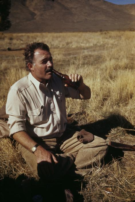 endlessme:  Ernest Hemingway Sun Valley, Idaho, 1941